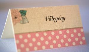 esküvői ültetőkártya nyomtatás