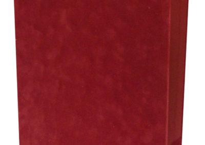 Okleveltarto-piros-velurba-kotve